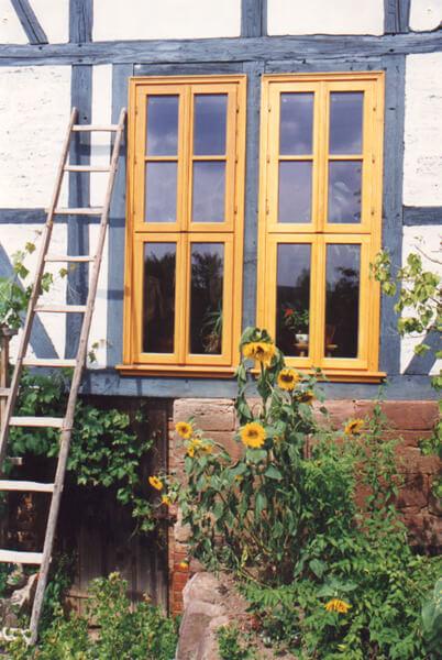 pg-lange Fachwerkhaus skandinavische Fenster