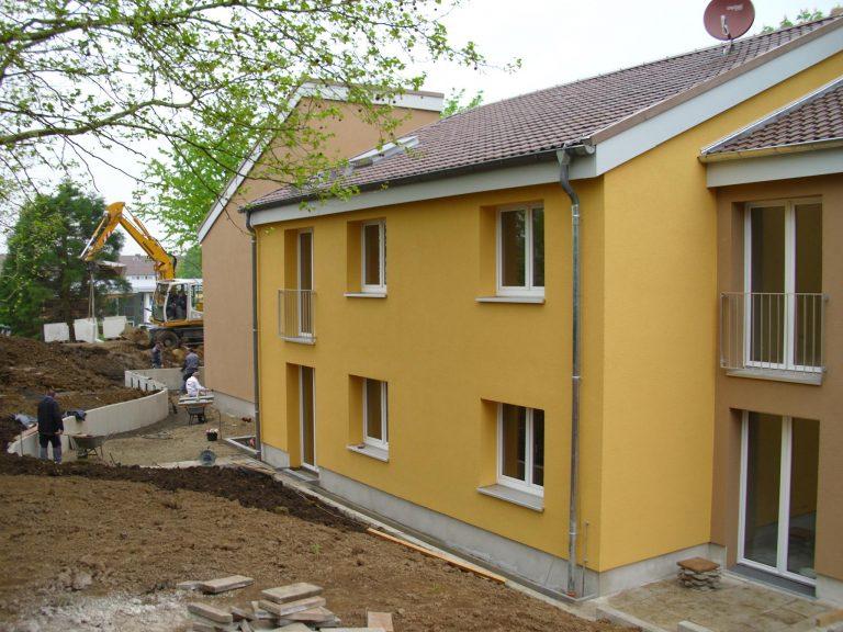 pg lange Mehrgenerationenhaus Fassade Mieterterrasse02